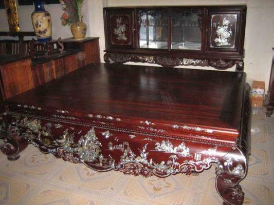 Cần mua đồ gỗ cũ Huyện Mê Linh 3 Cần mua đồ gỗ cũ Huyện Mê Linh hàng sâu tuổi, giá cả hợp lý