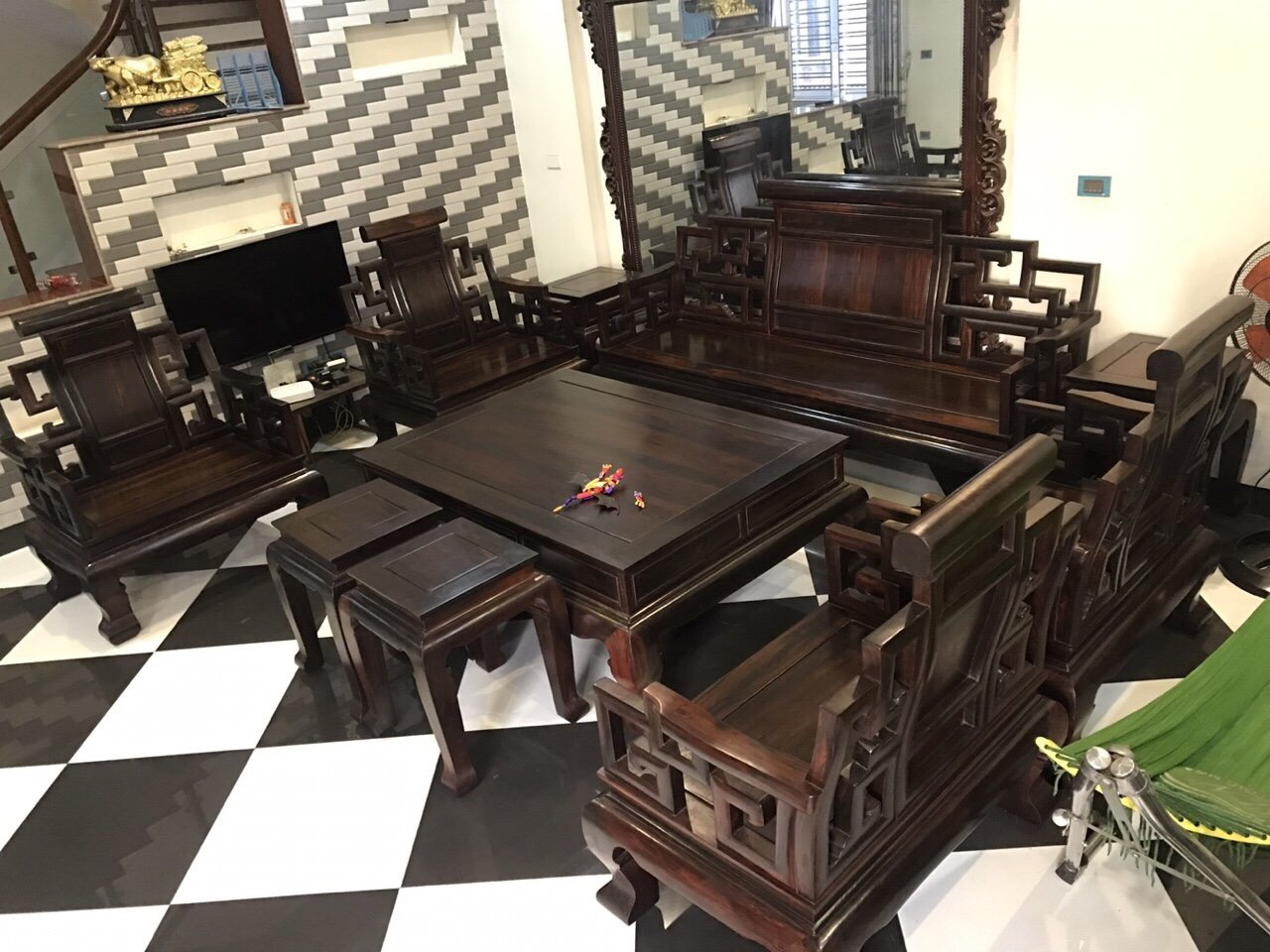 Thu mua đồ gỗ cũ tỉnh Thái Bình cam kết giá cao 1